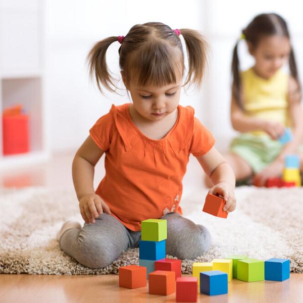 7 популярных методик раннего развития детей: плюсы и минусы